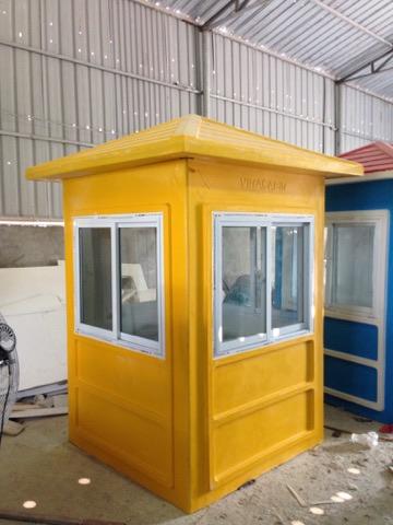 Cabin bảo vệ bằng composite chịu mặn