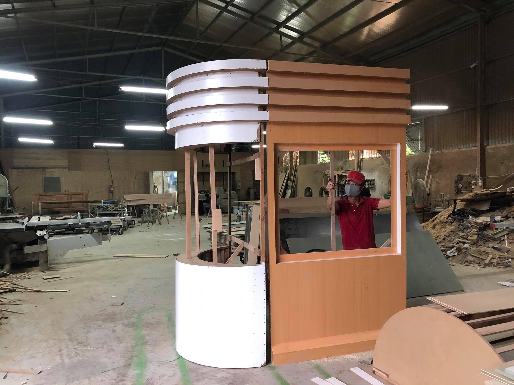 Mô hình cabin bảo vệ kính cong