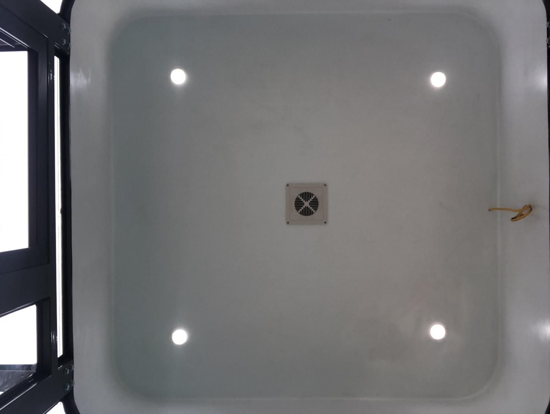 Trần cabin bảo vệ VS2.0x2.0 được đúc liền khối với vách tường